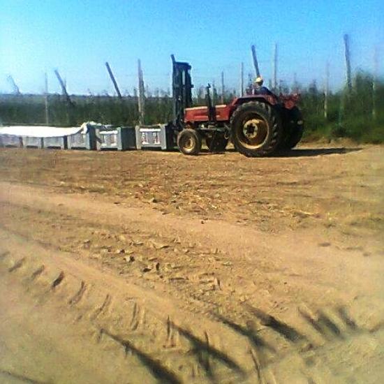 Traktör ön forklift imalatı (1)