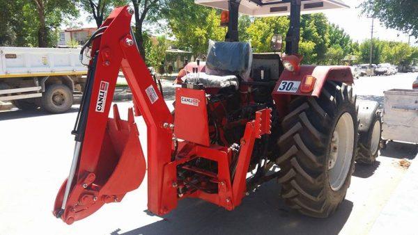 traktör arkası mini kanal kazıcı kepçe