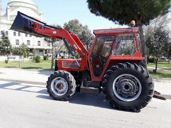 Traktör ön yükleyici kepçe (8)
