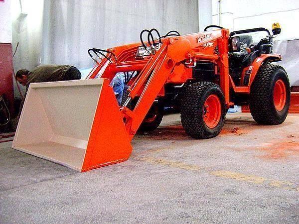 Traktör kepçe Kubota (10)