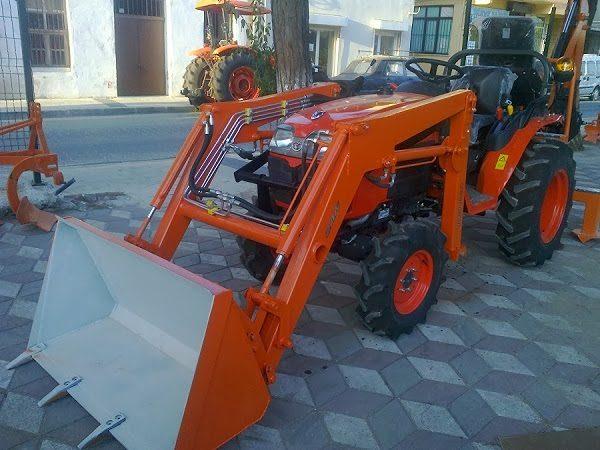 Traktör kepçe Kubota (15)