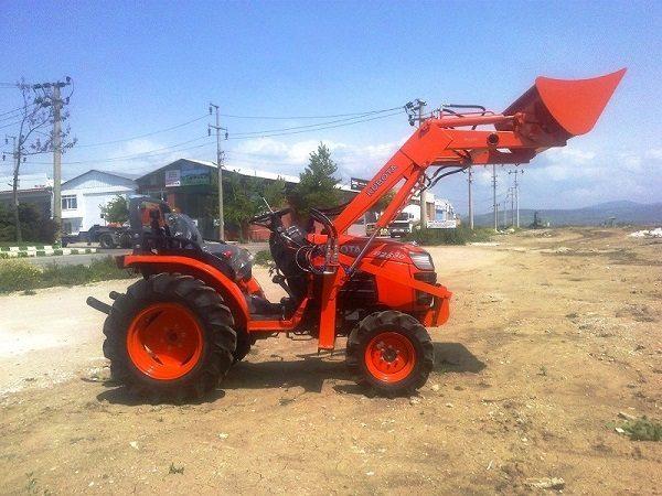 Traktör kepçe Kubota (24)