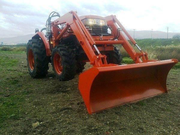 Traktör kepçe Kubota (32)