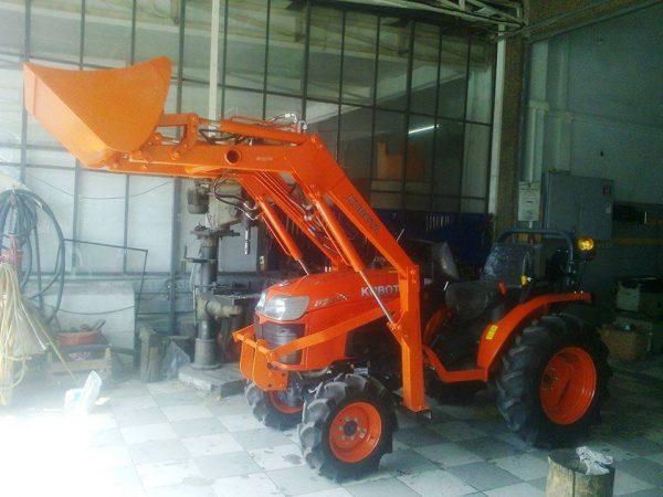 Traktör kepçe Kubota