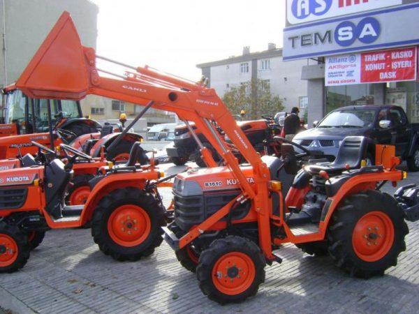 Traktör kepçe Kubota (8)