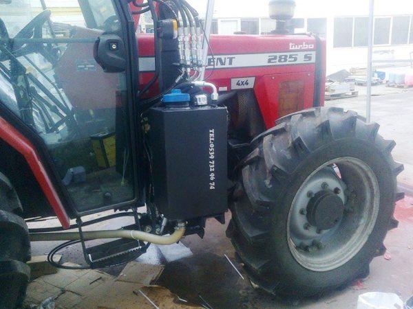 Traktör kepçe Massey (3)