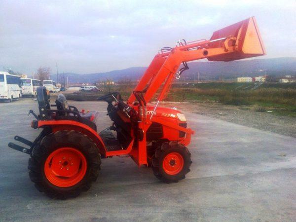 satılık kubata traktör kepçe (3)