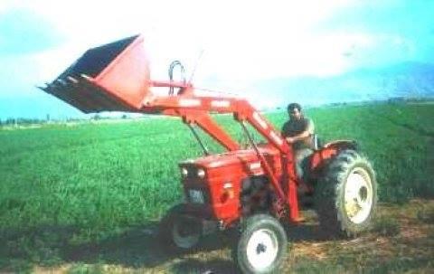 satılık traktör kepçe ön yükleyici kepçe (10)