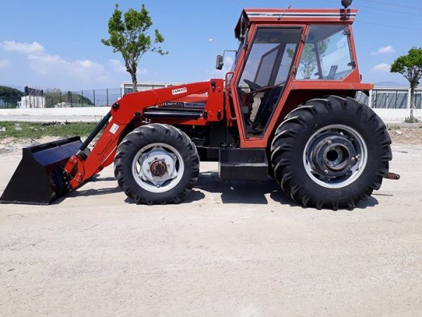 satılık traktör kepçe ön yükleyici kepçe Tümosan 9 (1)