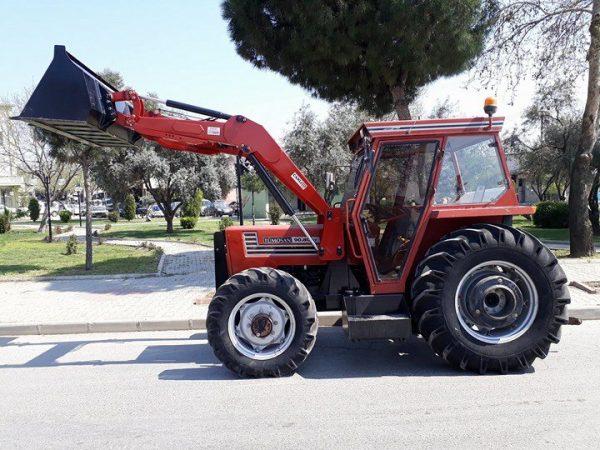 satılık traktör kepçe ön yükleyici kepçe Tümosan 9 (2)