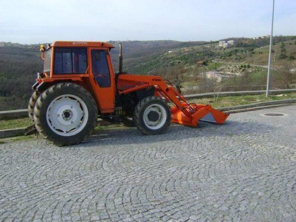 satılık traktör kepçe satılık traktör ön kepçe satılık traktör ön yükleyici kepçe (14)