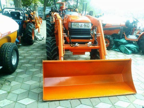 traktör kepçe ön yükleyici imalatı
