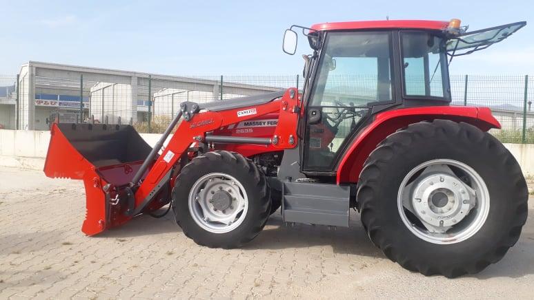 Traktör kepçe ön yükleyici kepçe traktör ön kepçe imalatı Ödemiş İzmir