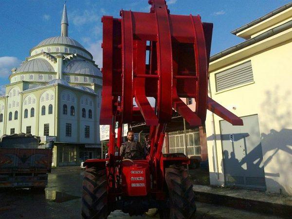 Tomruk yükleyici traktör kepçe (17)