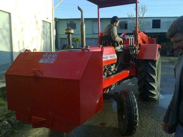Tomruk yükleyici traktör kepçe (22)
