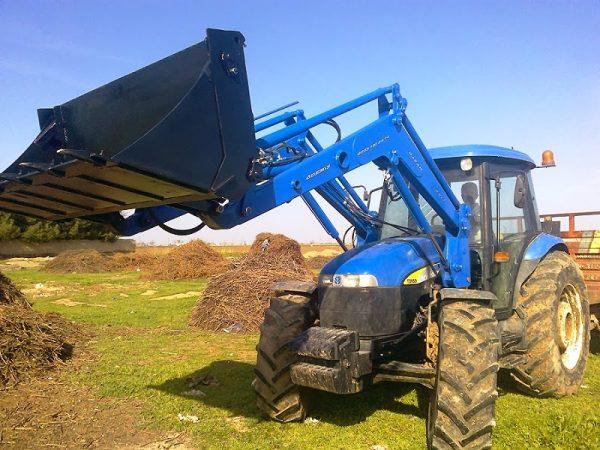 traktör ön yükleyici kepçe imalatı new holland td 100 (12)
