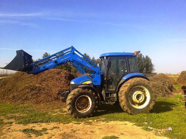 traktör ön yükleyici kepçe imalatı new holland td 100 (13)