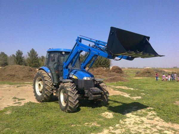traktör ön yükleyici kepçe imalatı new holland td 100 (2)