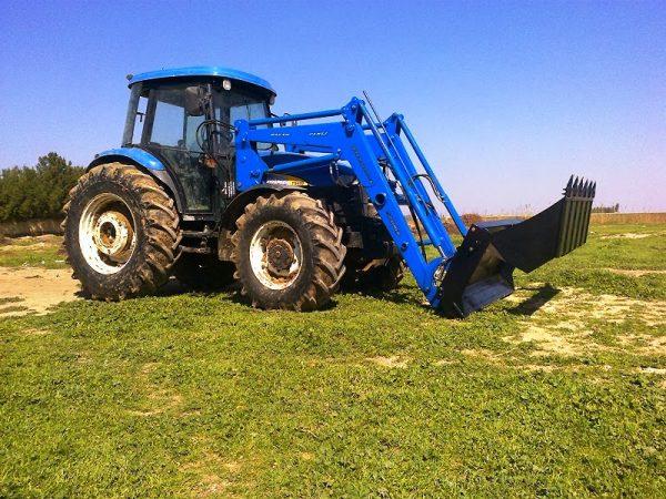 traktör ön yükleyici kepçe imalatı new holland td 100 (4)