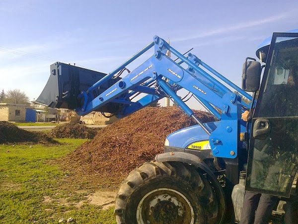 traktör ön yükleyici kepçe imalatı new holland td 100 (6)